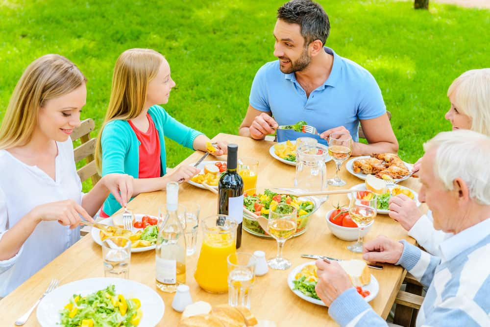 Healthy Eating Ideas for Summertime Gatherings | Newport Medical and Wellness Center